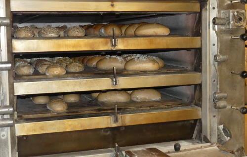Brote im Ofen, Bäckerei
